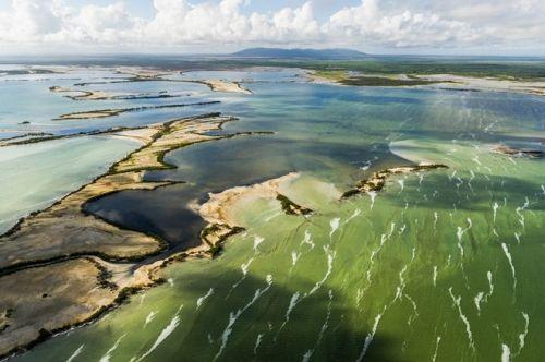Vẻ đẹp của quốc đảo Cuba qua ảnh chụp trên không hiếm có  - Ảnh 7