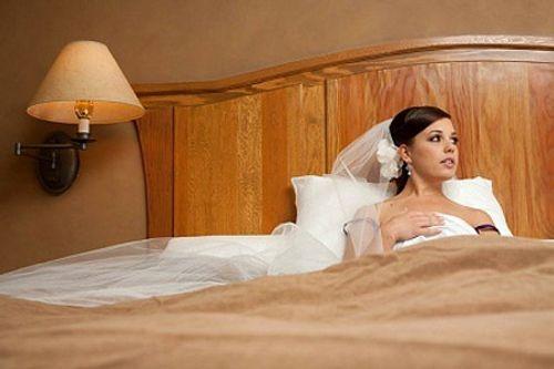 Đêm tân hôn, chồng nói dối vợ để đến với nhân tình - Ảnh 2