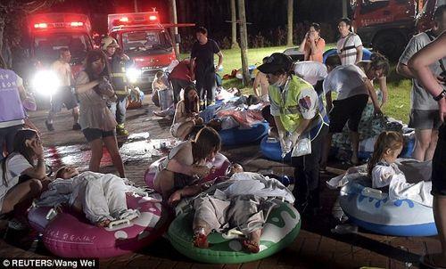 """Vụ nổ ở Đài Loan: Cha bật khóc khi con gái bị biến dạng, """"lột sạch da"""" - Ảnh 3"""