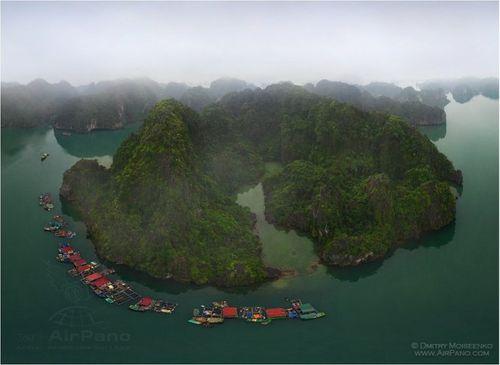 Vịnh Hạ Long đẹp tuyệt vời qua ảnh panorama từ trên cao - Ảnh 3