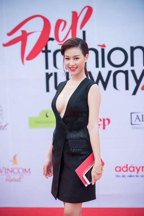 Lưu Hương Giang khoe nội y gây sốc ở Đẹp Fashion Runway - Ảnh 9