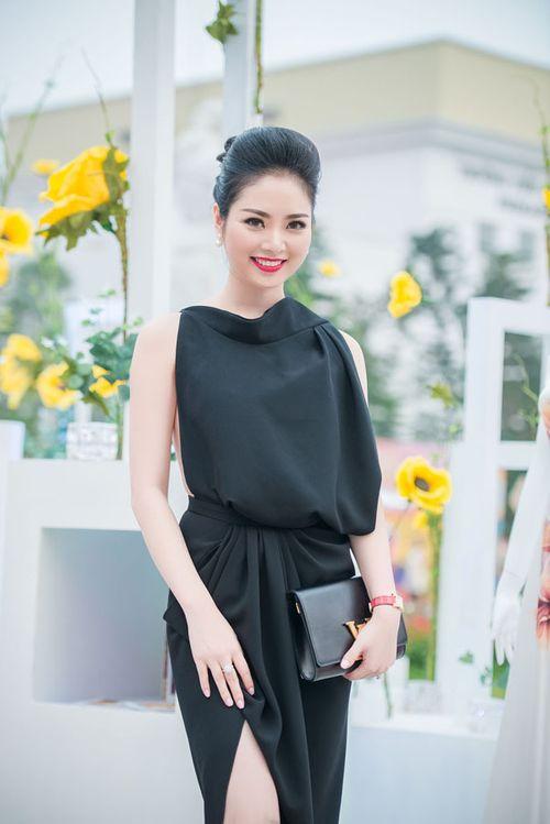 Lưu Hương Giang khoe nội y gây sốc ở Đẹp Fashion Runway - Ảnh 8