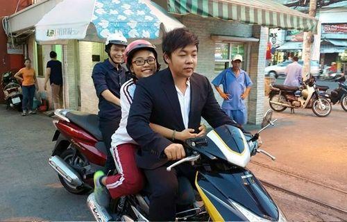 Sự thật bức ảnh Quang Lê không đội mũ bảo hiểm chở Phương Mỹ Chi - Ảnh 1