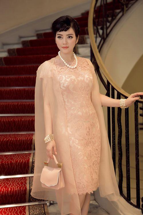 LHP Cannes 2015: Lý Nhã Kỳ đẹp trong veo ở show Dior - Ảnh 1