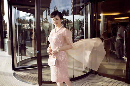 LHP Cannes 2015: Lý Nhã Kỳ đẹp trong veo ở show Dior - Ảnh 3