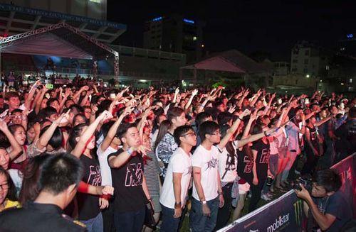 """Phạm Anh Khoa bùng nổ, ghi dấu ấn mạnh mẽ với Live Concert """"Phá"""" - Ảnh 7"""