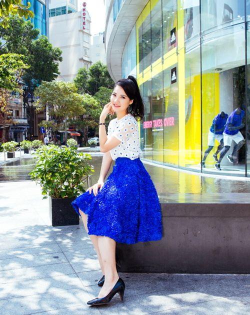 Hoa hậu Trần Thị Quỳnh tươi trẻ như nữ sinh - Ảnh 10