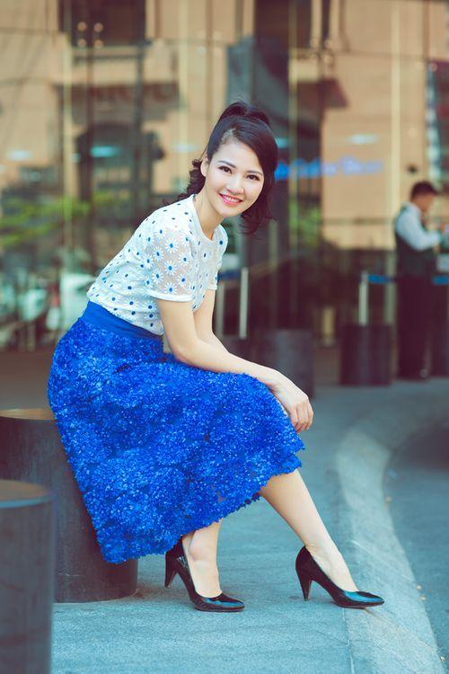 Hoa hậu Trần Thị Quỳnh tươi trẻ như nữ sinh - Ảnh 3
