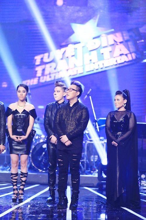 Đinh Mạnh Ninh rơi nước mắt rời Tuyệt đỉnh tranh tài - Ảnh 2