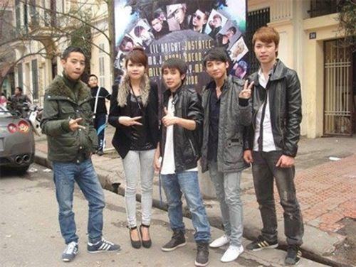 """Ảnh Sơn Tùng ngây ngô khi còn hát """"nhạc đường phố"""" - Ảnh 1"""