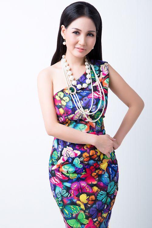 Hoa hậu quý bà U40 Sương Đặng hoá nàng tiên kiều diễm - Ảnh 7
