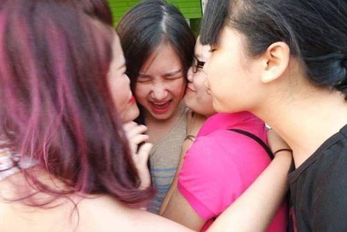 Sao Việt phản ứng thế nào khi bị cưỡng hôn như Kiss Cam? - Ảnh 8