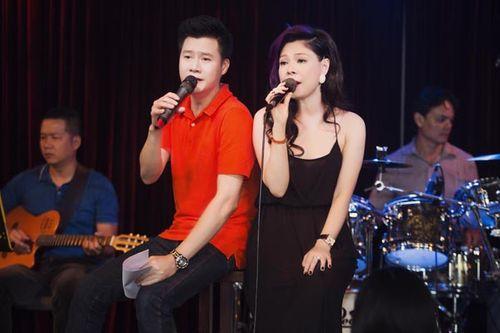 Thanh Thảo mặc gợi cảm, tựa vai Quang Dũng hát tình ca - Ảnh 3