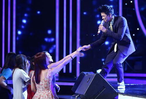 Vietnam Idol 2015 Gala 2: Thí sinh thiếu đột phá khiến giám khảo thất vọng - Ảnh 7