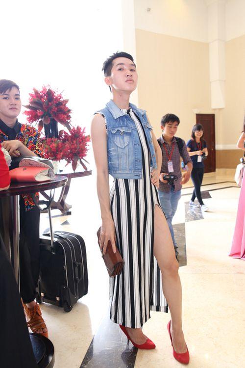 """Choáng vì trang phục """"khó đỡ"""" của thí sinh Project Runway 2015 - Ảnh 3"""