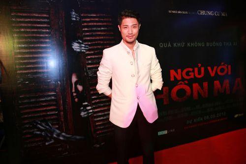 """Sao Việt háo hức xem phim kinh dị """"Ngủ với hồn ma"""" - Ảnh 8"""