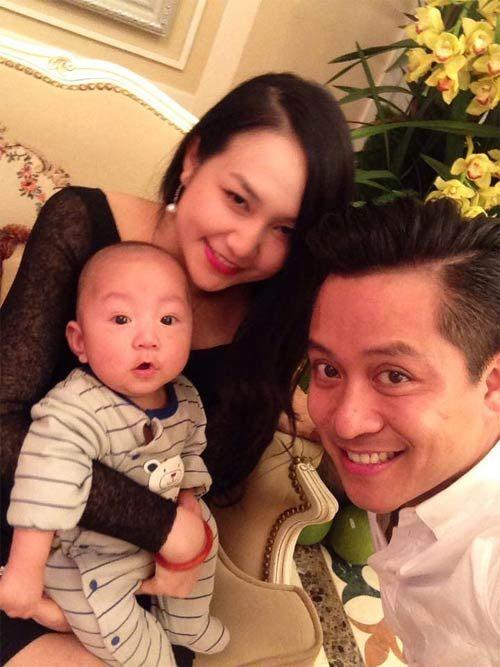 Tuấn Hưng - Hương Baby hạnh phúc ngọt ngào kỉ niệm một năm ngày cưới - Ảnh 1