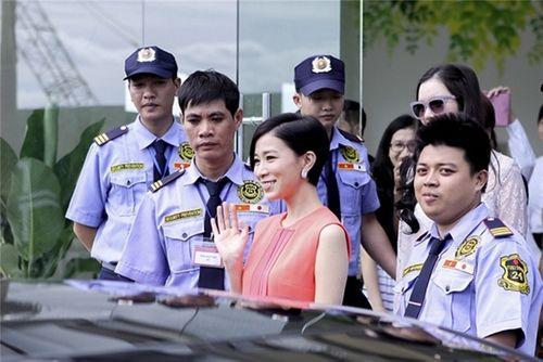 Xa Thi Mạn rạng rỡ vẫy tay chào người hâm mộ Việt - Ảnh 8