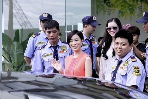 Xa Thi Mạn rạng rỡ vẫy tay chào người hâm mộ Việt - Ảnh 9