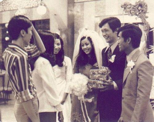Ảnh cưới đặc biệt và chuyện tình ly kỳ của các sao thập niên 90 - Ảnh 1