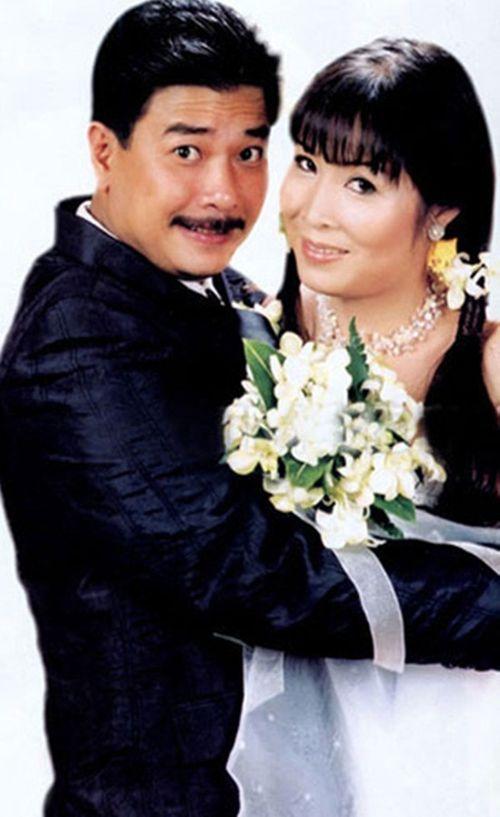 Ảnh cưới đặc biệt và chuyện tình ly kỳ của các sao thập niên 90 - Ảnh 6