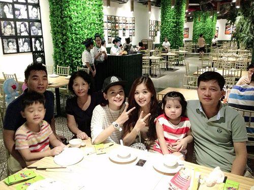 """Chân dung """"bà mẹ 2 con"""" khiến Chi Pu luôn bị bố mẹ la mắng - Ảnh 2"""