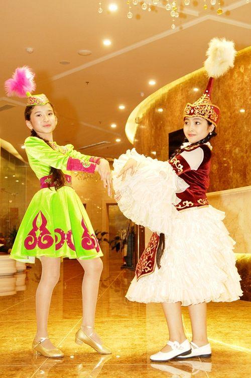 """""""Công chúa tóc mây"""" Hồng Minh hoá thiên thần trong trang phục búp bê Nga - Ảnh 5"""