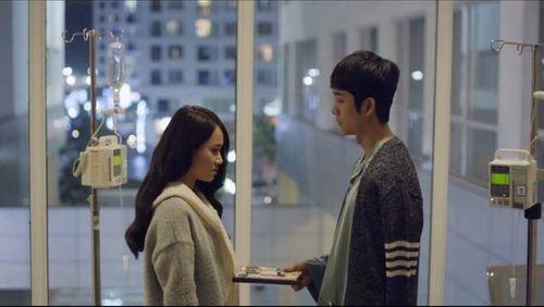Tuổi thanh xuân tập 29: Kang Tae Oh khóc trên giường bệnh của Nhã Phương - Ảnh 5