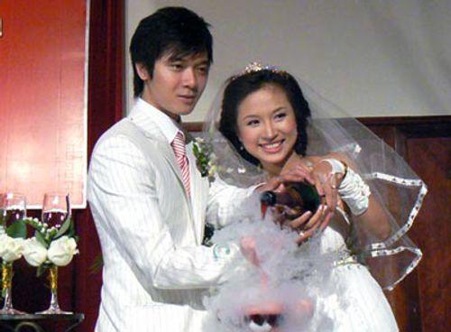 Bi kịch gia đình đằng sau vỏ bọc hạnh phúc của các MC Việt - Ảnh 7