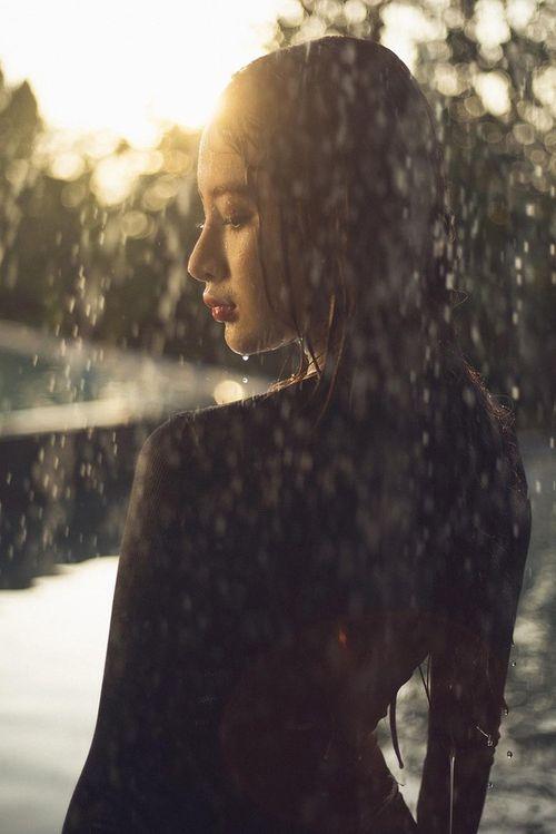 Angela Phương Trinh diện đồ tắm gợi cảm thiêu đốt mọi ánh nhìn - Ảnh 4