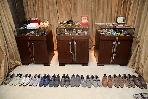 Choáng ngợp trước BST 600 đôi giày hiệu của Đàm Vĩnh Hưng - Ảnh 15