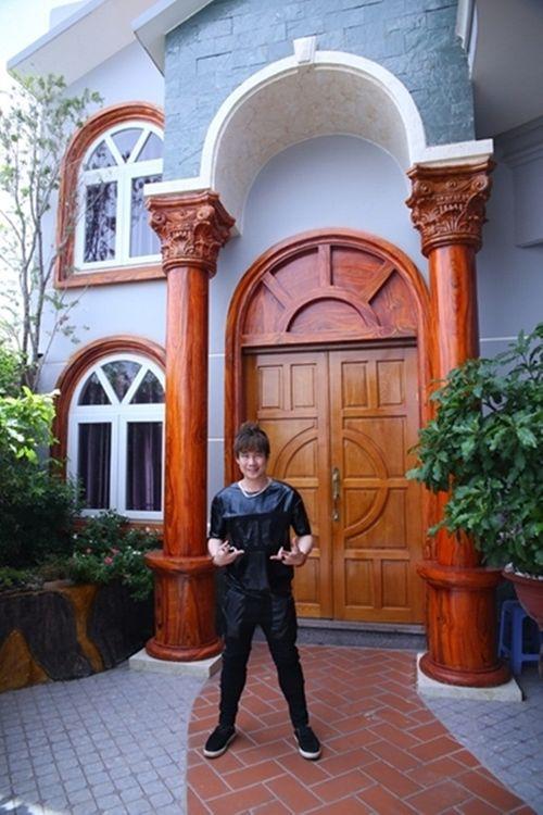 Khám phá biệt thự triệu USD của nam ca sĩ Khánh Phương - Ảnh 2