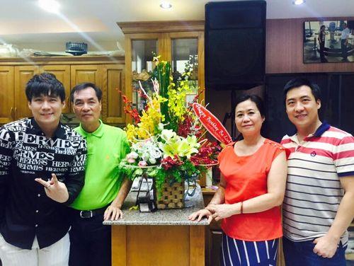 Khám phá biệt thự triệu USD của nam ca sĩ Khánh Phương - Ảnh 1