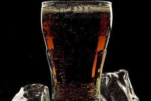 Một thanh niên tử vong do bị tiểu đường còn uống quá nhiều coca - Ảnh 1
