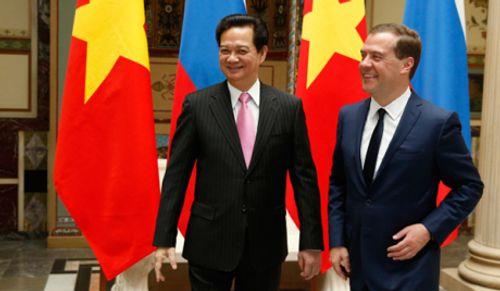 Thủ tướng Nga bày tỏ khen ngợi Việt Nam - Ảnh 1