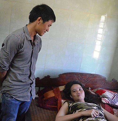 Hy hữu một người phụ nữ mang thai 4 ở Quảng Bình - Ảnh 1