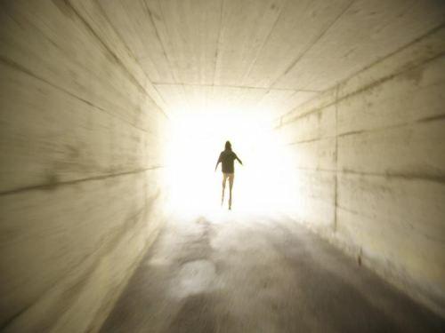 10 bằng chứng về sự tồn tại của thế giới sau cái chết  - Ảnh 2