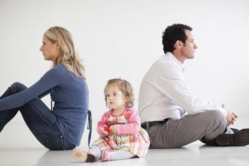 8 cú sốc trong quan hệ vợ chồng sau khi có em bé - Ảnh 1