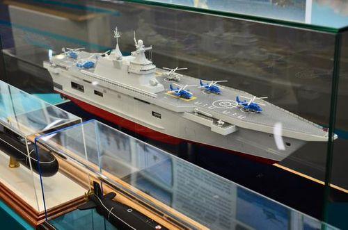 Nga quyết định chế tạo hai tàu chở trực thăng thay thế Mistral của Pháp - Ảnh 1