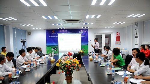 Hợp tác chiến lược giữa Vinamilk và tỉnh Lâm Đồng về phát triển chăn nuôi bò sữa - Ảnh 1