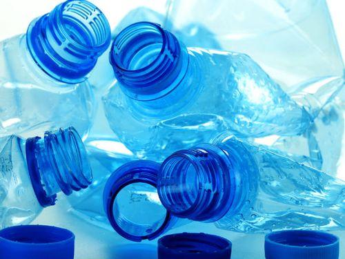 Nước khoáng chứa trực khuẩn: Cách chức và điều tra hình sự cán bộ sai phạm - Ảnh 1