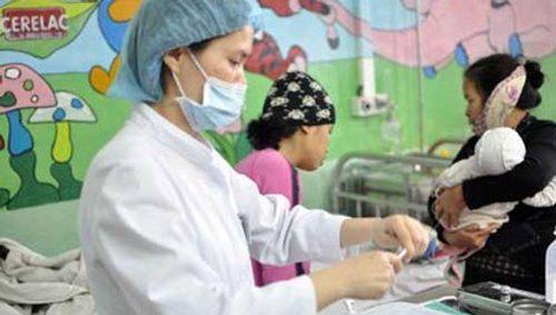Bộ Y tế khuyến cáo Việt Nam có nguy cơ lây bệnh bạch hầu từ Lào - Ảnh 1