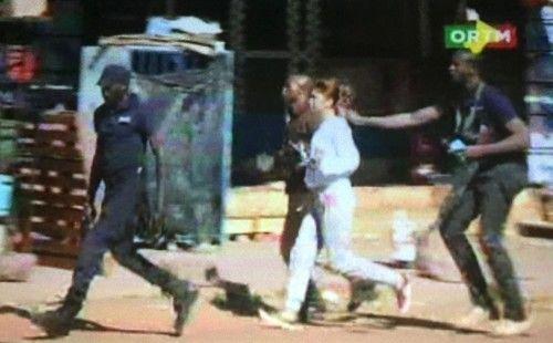 Hình ảnh đặc nhiệm Mali đột kích giải cứu 170 con tin - Ảnh 7