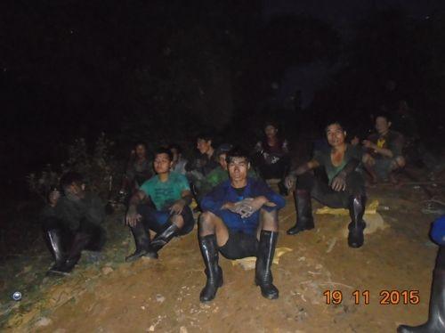 Sập mỏ than ở Hòa Bình: Nhìn lại 6 ngày bới từng mét bùn tìm nạn nhân  - Ảnh 4
