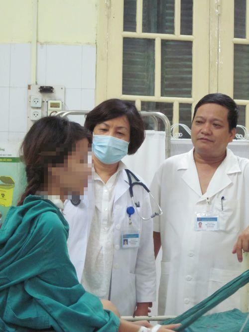 Kỳ cuối: Kỳ tích cứu sống nạn nhân tim ngừng đập và cô gái xẹp phổi hồi sinh - Ảnh 1