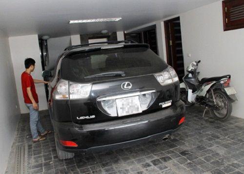 Để xe ô tô trong nhà thế nào để không gây nguy hiểm? - Ảnh 2