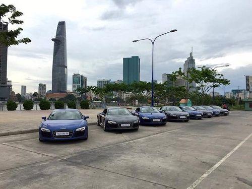 """Dàn siêu xe Audi R8 """"náo động"""" đường phố Sài Gòn - Ảnh 4"""