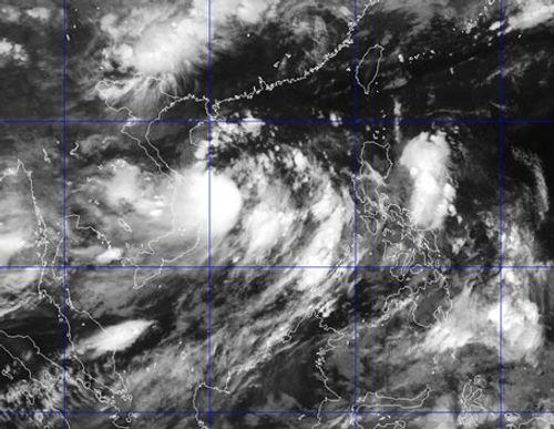 Cơn bão số 1 hình thành trên Biển Đông giật cấp 10 - Ảnh 1