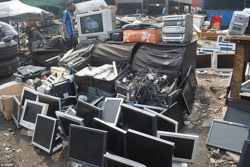 Rác thải điện tử sẽ tự hủy khi hết hạn sử dụng - Ảnh 3