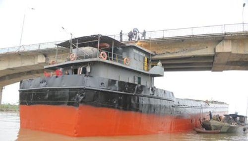 Tàu đâm cầu An Thái nát dầm đã hết hạn kiểm định, đi sai luồng tuyến - Ảnh 1